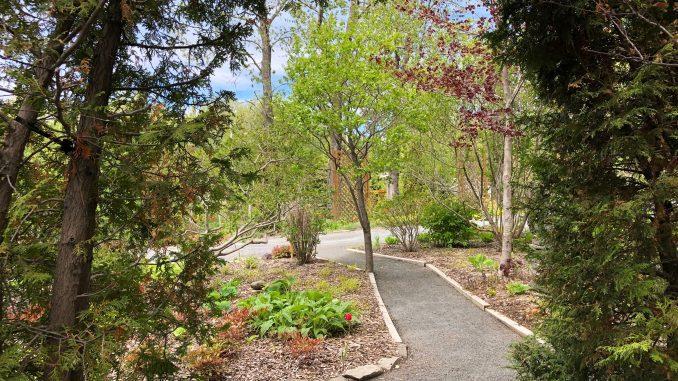 Les Jardins de Doris parmi les plus beaux jardins du Québec selon ...